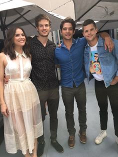 Daniel Sharman with Teen Wolf cast at SDCC 2017