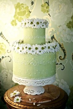 wedding cake: chic!