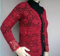 Casaco de crochê vermelho, pronta entrega.   Curta nossa fan page no facebook: https://www.facebook.com/AtelierVanessaBaggio R$ 249,00
