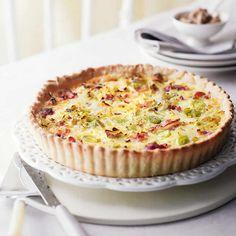 Recette tarte aux poireaux et lardons , un délicieuse quiche idéale avec une salade verte.