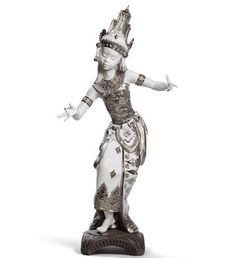 01008643  BALI DANCER (RE-DECO)  Issue Year: 2012  Sculptor: Francisco Polope  Size: 33x17 cm