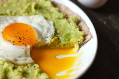 Avocado Breakfast Pizzas
