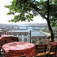 Cafe Pierre Loti Istanbul - amazing view of the golden horn