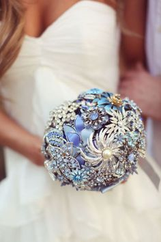 The brooch bouquet DAZZLING BLUE - made for Sarah (Miss Hooters International 2008) and Rich (the Covino and Rich Show) NY wedding, by HairBowsWonderworld