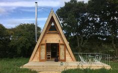 The Silva Tiny House: A Tiny A-frame Cabin in the Isle of Wight