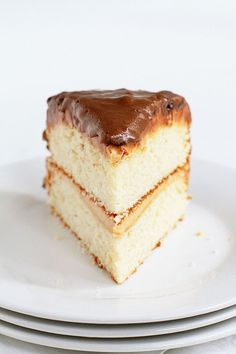 """Slice of a cake inspired by """"100 GRAND"""" Candy Bar"""