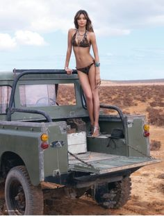 Simply beautifully! Been dreaming of having one of these one of these days. I'm talking about the land rover, Ok. Btw, Miranda Kerr is a creature of beauty