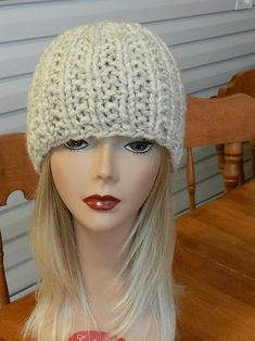Ravelry: The Perfect Tuque pattern by Homespooled Free pattern uses one skein of LionBrand Wool-Ease Thick & Quick http://www.ravelry.com/patterns/library/the-perfect-tuque