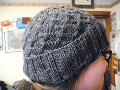 Ravelry: Twist! pattern by Kirsty Vine