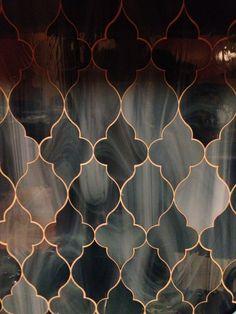 Glass tile backsplash //