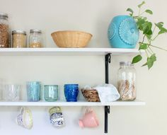 Kitchen Update - twineandbraids.com  kitchen decor//open shelving//home decor