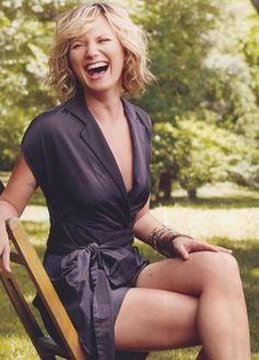 My all time favorite picture of Jennifer Nettles. She's just so carefree in this picture.
