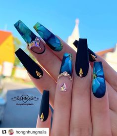17 awesome coffin nails designs 2019 14 - Celia Na. Nail Swag, Perfect Nails, Gorgeous Nails, Bling Nails, My Nails, Glow Nails, Nagel Bling, Fire Nails, Best Acrylic Nails