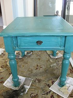 "end table makeover...I did a coffee table just like this..Awesome color and that ""pop"" of color in my neutral Living room :-)"