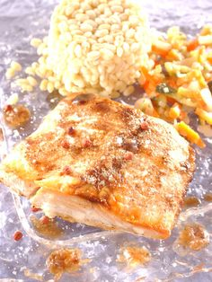 Recette de Saumon au beurre d'épices douces Main Dishes, Side Dishes, Fish And Seafood, Fish Recipes, Lasagna, Macaroni And Cheese, Salmon, Favorite Recipes, Chicken