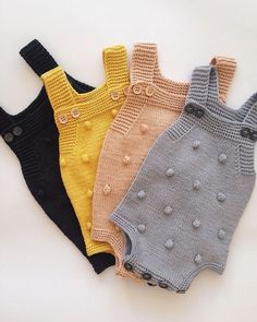 Baby Sweater Patterns Baby Knitting Patterns Knitting For Kids Yarn Store Baby Bedroom Crochet Baby Knit Crochet Crochet Crafts Baby Wearing Baby Knitting Patterns, Baby Sweater Patterns, Knitting For Kids, Knitted Baby Outfits, Knitted Baby Clothes, Knitted Romper, Pinterest Baby, Baby Born Kleidung, Tricot Baby