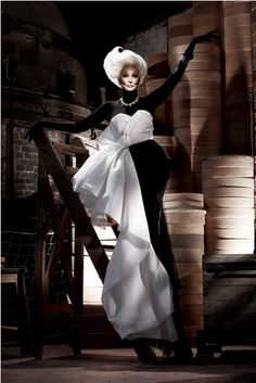 Carmen Dell'Orefice 80 yrs old and more beautiful than ever! #Fashion #Beautiful #Womens #French