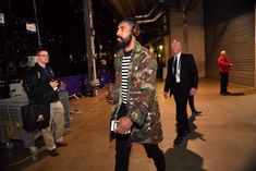 Arriving at the arena. seriously want this Babylon Cartel Mach 2 jacket. Brooklyn Nets, Kyrie Irving, Nba Champions, Hubba Hubba, Always And Forever, Love Story, Jacket, Cute, Kawaii