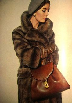 Full length Canada mink fur coat and Gucci handbag, Vogue Dec. Sixties Fashion, Retro Fashion, Vintage Fashion, Fur Vintage, Vintage Glamour, Fur Fashion, Womens Fashion, Vogue, Fabulous Furs