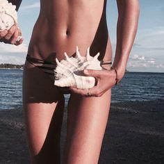 shell life #ELLEMERswimwear Sport. Swimwear. Hawaii.