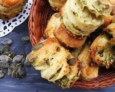 Réteges krumplis pogácsa tökmaggal - A recept azért is tökéletes, mert nem csak egyszerűen elkészíthető, de magát a tésztát, akár sütés előtt 1 nappal is össze lehet gyúrni, majd...