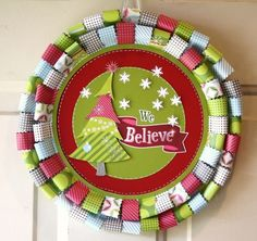 Christmas Wreath. easy to make from scrap paper. #DIY #wreath #christmas