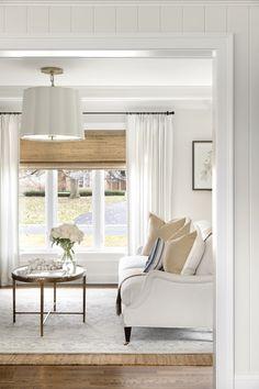 My Living Room, Home And Living, Living Room Decor, Living Spaces, Living Room Windows, Living Area, Classic Interior, Home Interior Design, Interior Ideas
