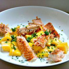 Lachssalat mit Mango