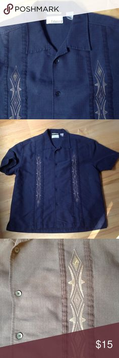 Men's Cubavera Shirt sz XL Nice men's Cubavera Black button-down shirt in a size extra large. It measures 21 inches across the shoulders, 25 1/2 inches across the chest, with a total length of 28 1/2 inches. It is in excellent used condition. Cubavera Shirts Casual Button Down Shirts
