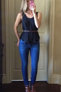 simple casual spring summer outfit skinnies skinny jeans black tank belted thin belt relaxed