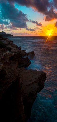 Shipwrecked Sunrise | Shipwrecked Beach (on Kauai's southern coast near Poipu) | Kauai, Hawaii, USA | by Jeff Stamer