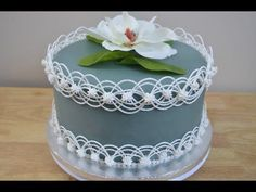 Drop Strings Cake (for royal icing use 3/4 cup water, NOT 3 cups as stated in video) - YouTube