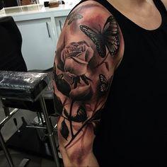 shoulder tattoos (44)