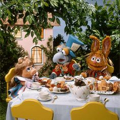 I chose this image of the muppet babies, alice in wonderland because I'm a huge muppets fan. Everyone in my generation, remembers what TV shows they grew up on, The Muppet babies was my favorite as a child. Miss Piggy Muppets, Die Muppets, Muppet Babies, Jim Henson, Classic Nursery Rhymes, Fraggle Rock, The Muppet Show, Adventures In Wonderland, Kermit