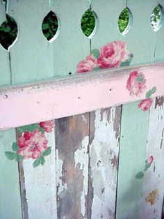 roses on pickets (decals)