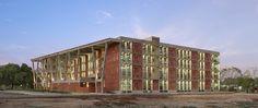 Galeria de Instituto de Engenharia e Tecnologia - Universidade de Ahmedabad / vir.mueller architects - 4