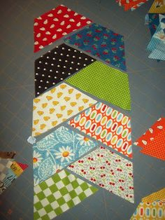 Herringbone Haul-It-All Tote with Jelly Rolls « Moda Bake Shop Half hexagon quilt idea.  Love it.