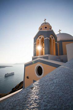 Sliver of Light | Santorini