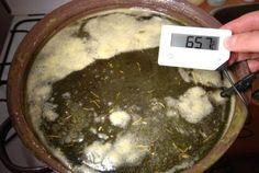 Recept na konopnou/bylinnou mast Make Your Own, Make It Yourself, Palak Paneer, Cannabis, Natural Remedies, Herbalism, Beef, Simple, Ethnic Recipes