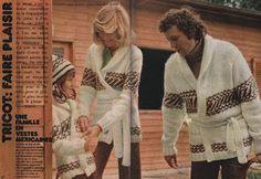 """100 Idées n°1 - décembre 1972 - article """"Tricot : faire plaisir""""- réalisation Franka de Mailly, Michèle Serre, Betty Mertens - photos Marcel Duffas - """"une famille en vestes mexicaines"""". Les années 70' adorent la """"mode ethnique"""", les vestes mexicaines"""" et autres ponchos et bonnets péruviens fleurissent : leur côté """"artisanal"""" et """"authentique"""" plaît beaucoup. Celles-ci (d'un coût certains à l'époque !) sont tricotées aux aiguilles 4,5 et 5 en laine d'Islande Berger du Nord."""