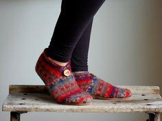wool slippers sweater felt | Women Slippers, Wool Felt Shoes, Eco Friendly, women size 8, Beautiful ...