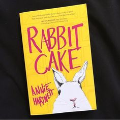 Today on the blog we have an interview with the wonderful @annie_hartnett author of the hilarious novel RABBIT CAKE. She gives us some insight about her quirky protagonist Elvis Babbit sleep walking and random animal facts. PLUS she tells us about some of her favorite writers. <3  Want more features about fantastic female authors? Subscribe to our newsletter and never miss an interview! #thereadingwomen  //// #rabbitcake #anniehartnett #books #podcast #amreading #womenslit #booknerd…