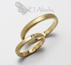 https://flic.kr/p/vHvKhK | 879. Argollas de matrimonio en oro con diamante | www.elaliadojoyas.com info@elaliadojoyas.com Cel. 3203066543 - 3105753129 - 3002859190 Bogotá - Colombia