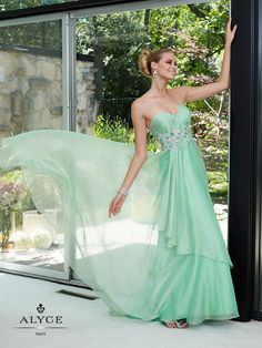 ALYCE Paris | Dress Style 6084