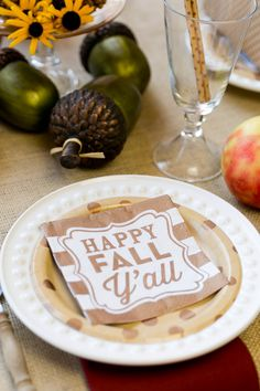 Host a fall porch party! Pizzazzerie.com for tips, ideas, and free printable!