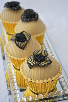 I'm not close to 40 yet, but I think they are gorgeous for any day... Gold and Black 40th Birthday