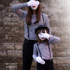 Partners In Mime Costume {homemade halloween costumes} Looking for a last minute costume idea? This mime costume is super simple and can be recreated using… Costume Halloween, Mime Costume, Costume Carnaval, Circus Costume, Carnival Costumes, Halloween 2017, Holidays Halloween, Halloween Diy, Mother Daughter Halloween Costumes