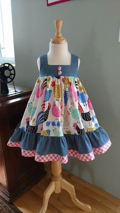 Sewing to children - patterns, needlework - Cute Outfits Girls Frock Design, Kids Frocks Design, Baby Frocks Designs, Baby Dress Design, Baby Girl Frocks, Frocks For Girls, Toddler Girl Dresses, Baby Dresses, Cotton Frocks For Kids