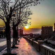 Sunset on the doors of Aleppo castle