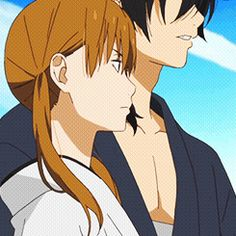 "This is from the anime ""My Little Monster."" The couple in the gif is Haru Yoshida ansd Shizuku Mizutani."
